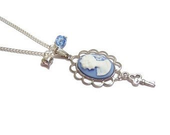 """Victorian Cameo necklace """"The Key to my heart"""" charm necklace .."""