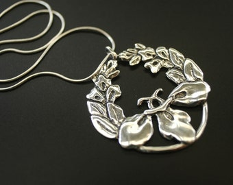 Passion Flower Necklace in Sterling Silver