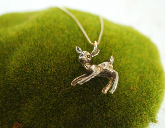 Little Deer Sweet Pendant Necklace in Sterling Silver