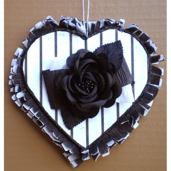 Valentine's Day decoration pinstripe heart vintage Burton Goth style ornament black and white Valentine