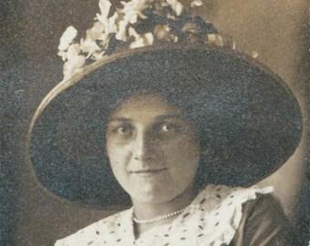 Lady in Beauty Fancy Flower Hat original vintage Gem photo