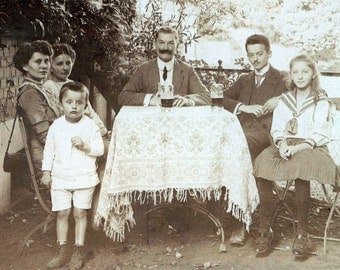 Beautiful Wealthy Family Germany Drink Beer on Porch 1910 original vintage photo