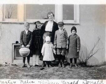 Mother w Her 5 children Named vintage photograph