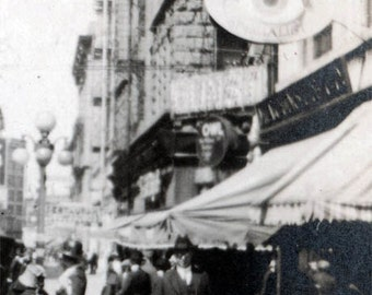 vintage photo optical shop Big Eye 1910