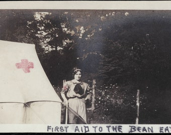 photo 1912 Lady first Aid to Bean Eaters Tent