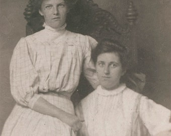 vintage photo Sisters 1907 photograph