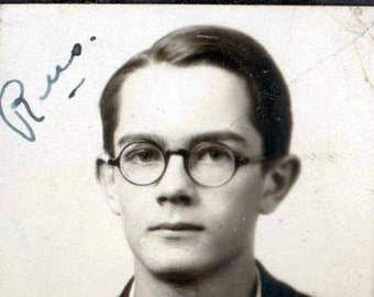 vintage photo booth Russell BArnes HOrn Rimmed Glasses