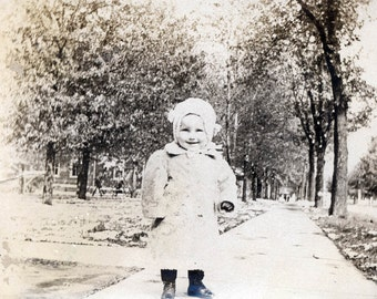 vintage photo Little Girl in Fur Coat and Bonnet What a Doll 1904