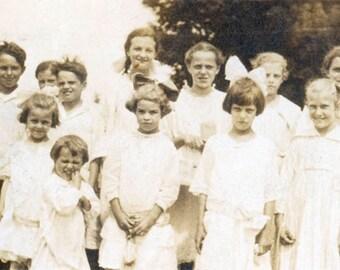 1917 Children School Outing Dressed up original vintage photo