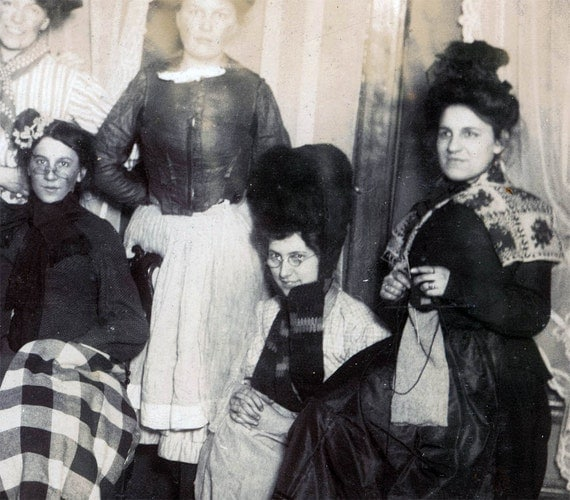 photo vintage Knitting Theater Group Women  photograph vintage photo