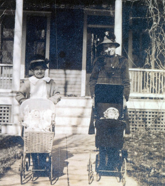 vintage photo Little Mommies w the Dolls in Buggies 1918