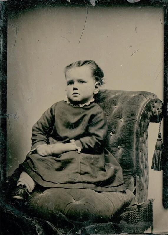 vintage photo tintype little girl Velvet Chair