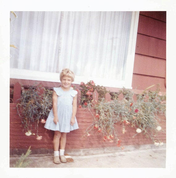vintage photo 1961 Kodacolor Girl by Flower house