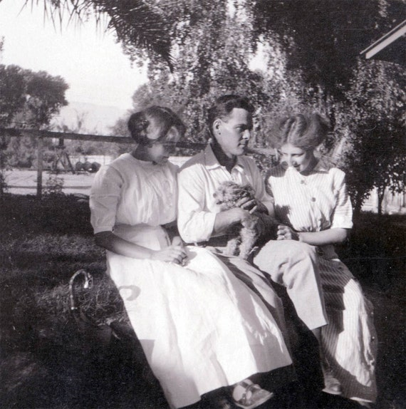 vintage photo Man Holds Scruffy Dog w Adoring Beautiful Women Indio CA 1911