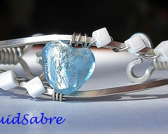 Bracelet Cuff small blue heart with white cubes