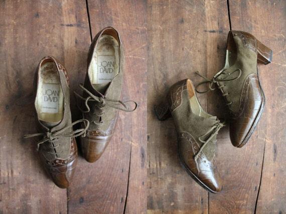vintage olive leather victorian oxfords / size 6