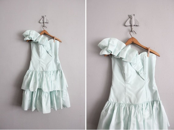 on hold / 1970s vintage mint green party dress
