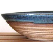 Hand Thrown Serving Bowl - 30 oz - Stoneware Pottery