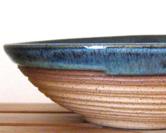 Hand Thrown Serving Bowl - 30 oz - Stoneware Pottery