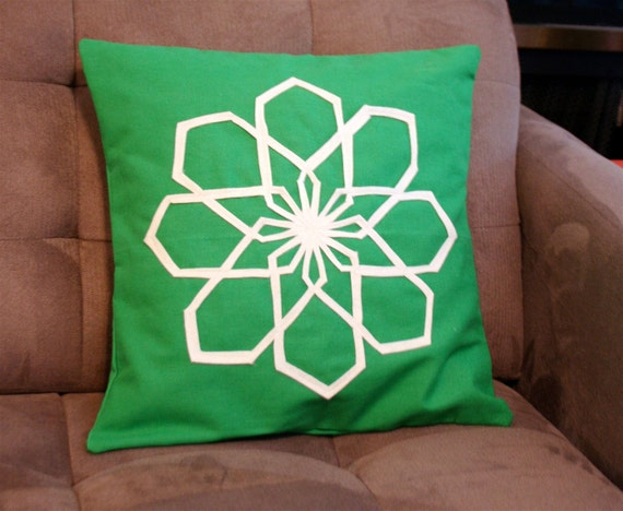 Geo Modern Flower Pillow Cover in Grass Green