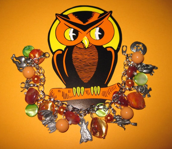 Halloween Charm Bracelet Vintage Style Halloween Jewelry OOAK Cat Spider Owl JOL Ghost Witch Bat Skull Spooky Cute Accessory