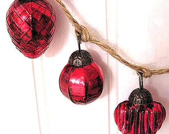 Featured in Romantic Homes Magazine! Hand Strung Mercury Glass Holiday Ornament Garland (RED)