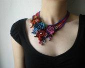 Ranunculus Cymbalaria  ... Freeform Beaded Crochet Necklace - Flowers