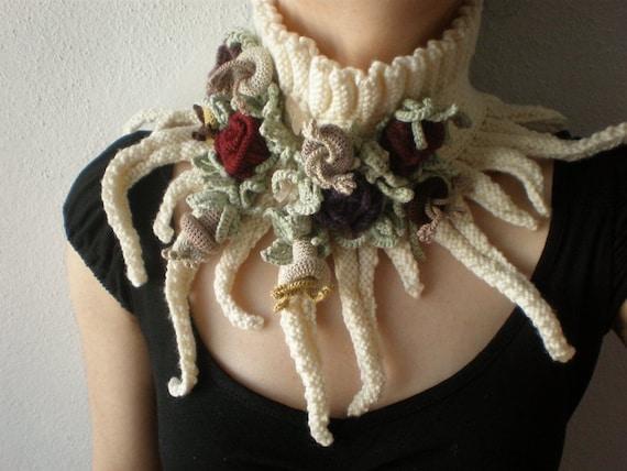 Elan ... Knitted Neckwarmer / Scarflette - Cream / Ivory - Colorful Flowers
