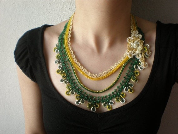 Solidago Caesia  ... Beaded Crochet Necklace - Flowers - Green Yellow Ivory Gold