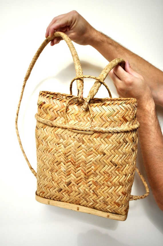 How to weave a basket out of hay : Woven straw vintage backpack basket braided