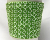 Coffee Cozy, Cup Sleeve, Eco Friendly, Slip-on: Small White Flowers on Green