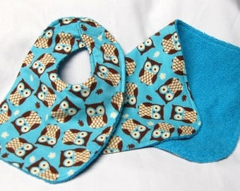 Bib and Burp Cloth Set, Baby Shower Gift, Welcome Baby Gift: Brown Owls on Teal - Teal on Reverse