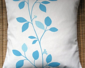 "16"" x 16"" cushion cover - aqua leaves on off white"