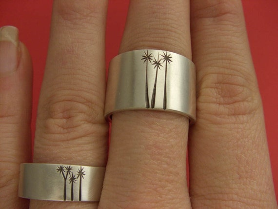Cabbage Tree Wedding Band Set