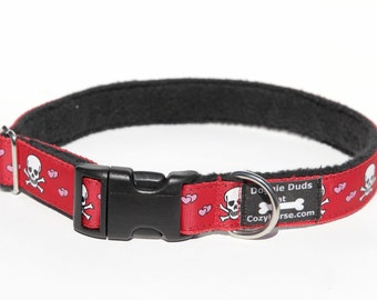Red Skull and Hearts Dog Collar, Fleece lined Dog for sensitive skin, Red Dog Collar size M/L
