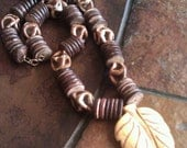 Butterscotch Coco Pukalet Glass and Howlite Beaded necklace