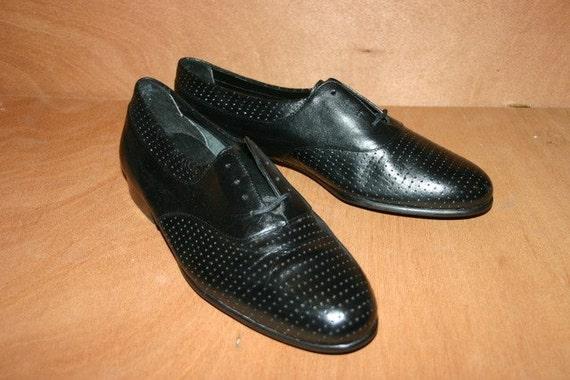 Men's dress shoe size 9