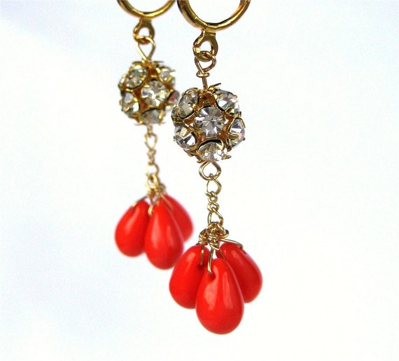 Bright Coral Rhinestone Clip On Earrings, Gold Clipons, Bright Orange Glass Teardrops, Traffic Stopper