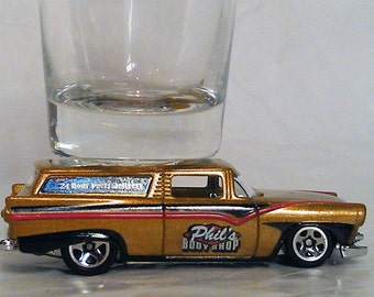 The ORIGINAL Hot Shot, Classic Hot Rods, Shot Glass, Special Edition, 1950's 8 Crate Station Wagon, Hot Wheels