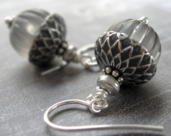 Silver Acorn Earrings, Grey Vintage Beads, Vintage Style Nature Jewelry, Gift for Gardener, Acorn Jewelry, Nature Jewelry, Winter Holidays