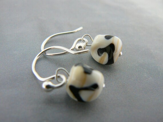 Black Scroll on Ivory Glass Bead Nugget Earrings...