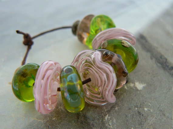Sweet Pea Handmade Lampwork Glass Beads Discs Spacers Pink Green