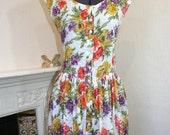 MEGA SALE  Vintage 80s bold floral button through dress