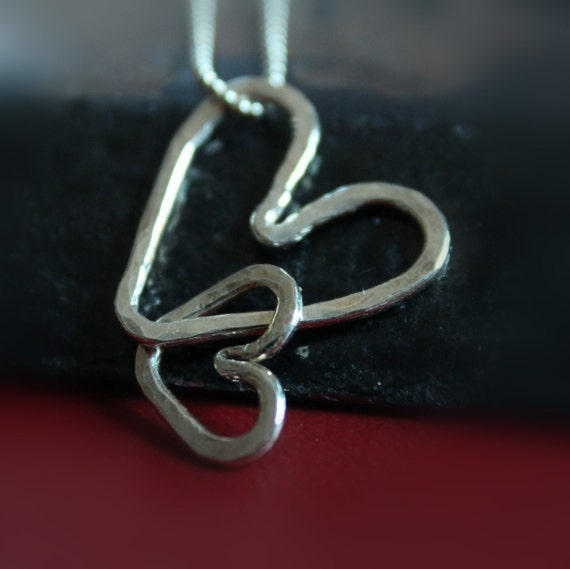 INTERTWINED HEARTS necklace