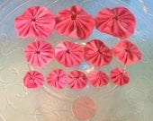 Handmade Fabric Yo-Yos - Shades of pink - Set of 12 in a variety of sizes