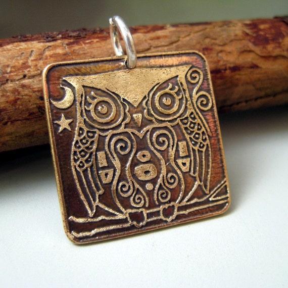 CS3 Little Bronze Night Owl Charm by  Istanbul Designs