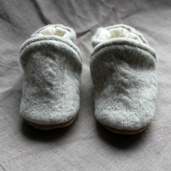 Cable knit Wool Baby Slippers Leather Bottom fits 0-6 months old made from recycled materials