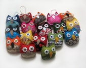 3 Party favors Owl Ornaments - Made to Order