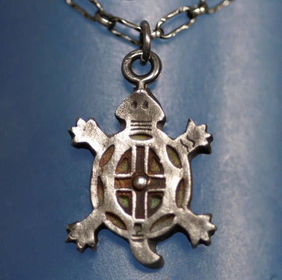 Turtle in Silver - Matamata  - No Chain  -  Made to Order