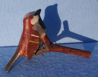 Vintage Primitive New England Folk Art, Hand Carved Wooden Sparrow